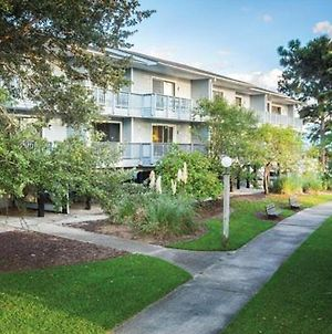 Modern Condo With Great Amenities In Historic New Bern - One Bedroom #1 photos Exterior