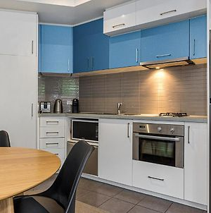 Cosy Unit Near Beach And Acland St Dining And Shopping photos Exterior