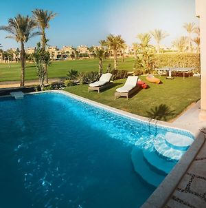 Five-Room Villa 5 Bathrooms With A Private Swimming Pool 60 Meters Jaz Little Venice Golf Resort photos Exterior