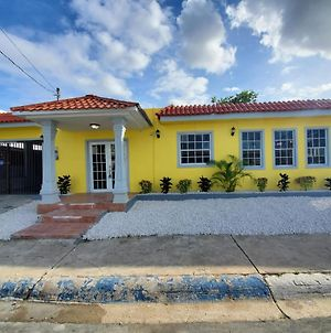 Large 5Br Sleeps 22 Guest With Over 2000 Sq Ft photos Exterior