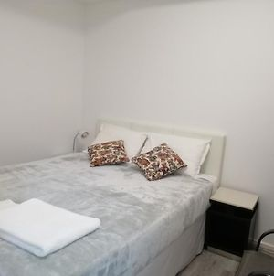 Entire 2 Bedrooms Security Apartment Riverwood Nsw photos Exterior