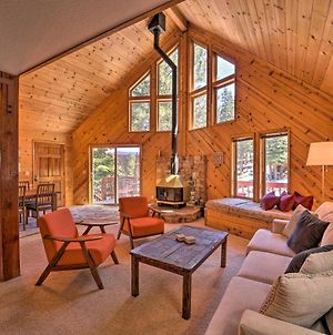 Airy Alpine Cabin With Deck 5 Mi To Donner Lake photos Exterior