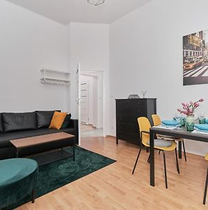 Apartment Wroclaw Lakowa By Renters photos Exterior