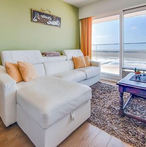 Welcoming Apartment In Blankenberge With Terrace photos Exterior