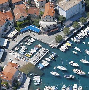 Studio Apartment In Opatija With Sea View, Terrace, Air Conditioning, Wi-Fi photos Exterior