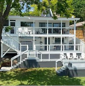 Waterfront Luxury 5/3 Reduced Rate June 6Th-12Th Personal Chef photos Exterior