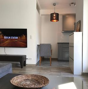 Designer Central Apartment With Terrace & Parking In Berlin photos Exterior