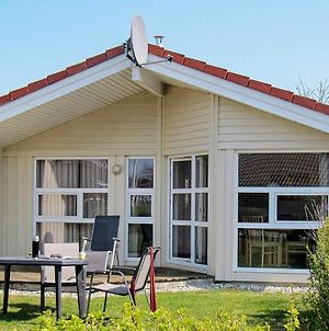 Three-Bedroom Holiday Home In Gromitz 10 photos Exterior