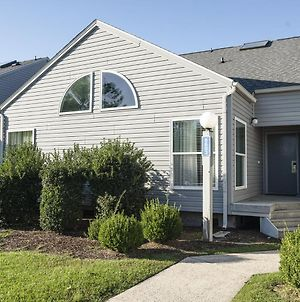 Lovely Condo In The Quaint Canals Of New Bern - Two Bedroom #1 photos Exterior