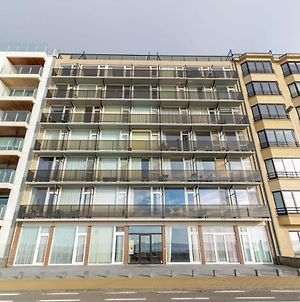Contemporary Apartment In Oostende With Balcony photos Exterior