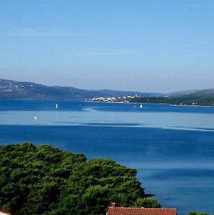Room In Trogir With Seaview, Air Condition, Wifi, Washing Machine photos Exterior