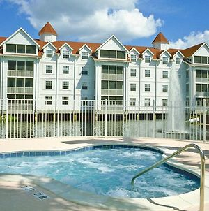 Lakefront Apartment On Beautiful Lake Bryan In Orlando - One Bedroom #1 photos Exterior