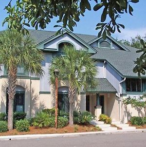 Fully Equipped Tropical Themed Three Bedroom Villa In Hilton Head photos Exterior