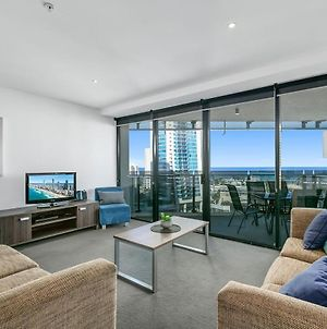 Circle On Cavill — 3 Bedroom With Ocean View In The Heart Of Surfers! photos Exterior