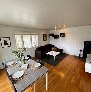 Modern And Central Apartment, 4 Beds, Free Parking. photos Exterior