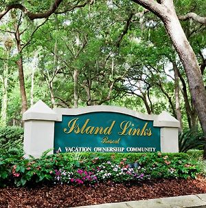 Spacious And Immaculate Villa In Hilton Head Island - Two Bedroom #1 photos Exterior