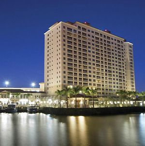 Luxurious Cape Coral Suite With On-Site Marina - One Bedroom Suite #1 photos Exterior