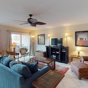 Brand New Listing! Heated Pool Access, Steps From Beach, Restaurants & Shopping! photos Exterior