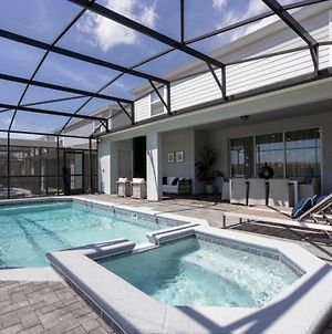 Wonderful Single Home With Private Pool And Game Room Wi2330 photos Exterior