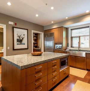 Fitzsimmons Walk Deluxe Townhome With Private Hot Tub Village Walking Distance photos Exterior