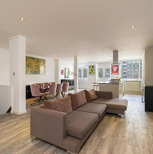 Stylish 2-Bed Flat With Balconies Near Old Street, East London photos Exterior