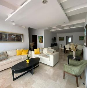 Amazing Penthouse In The Center Of City With Jacuzzi photos Exterior