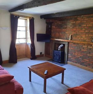 Large Apartment In The Center Of Alnwick photos Exterior