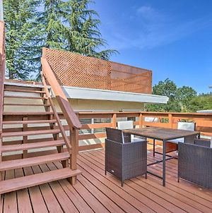 Spacious Home With Hot Tub, Fire Pit And Grill! photos Exterior