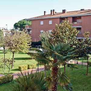 Comfort Apartment Up To 3 People Rome Area Residence With Garden photos Exterior