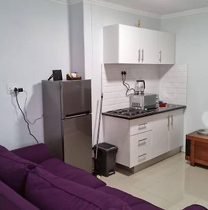 Modern, Cosy 2Bedroom Apartment With Secure Parking photos Exterior