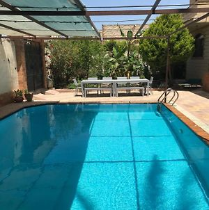 Family Villa With Private Pool, 2 Minutes From Beach Abu Talat photos Exterior