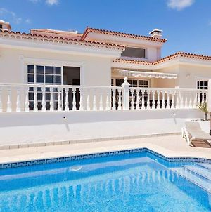 Villa Mercedes With Heated Pool And Wifi Internet photos Exterior