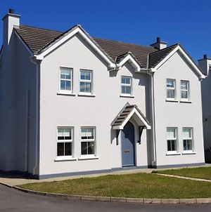 Four Bedroom House In Malin Town , Inishowen. photos Exterior