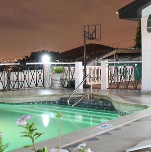 Room In Apartment - Hill View Hotel-Mccathy Hills photos Exterior