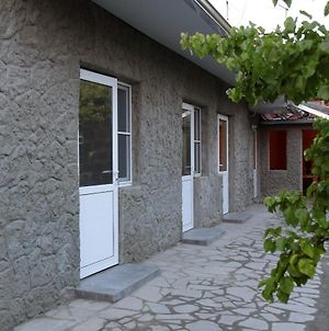 Vanand Guest House photos Exterior