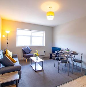 Impeccable 1-Bed Apartment In Sunderland photos Exterior