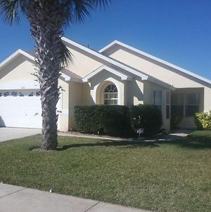 Fabulous 4-Bed Villa Located Only 5 Miles From Disney World photos Exterior