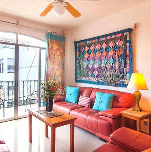 Vibrant 2Br Apartment Near The Beach With Private Rooftop, Terrace & Jacuzzi photos Exterior