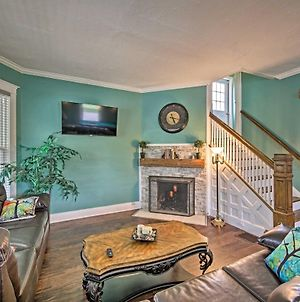 Historic Noblesville Home With Private Yard! photos Exterior