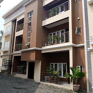 Serviced And Furnished 3 Bedrooms Apartments In Magodo Gra Lagos State Nigeria photos Exterior