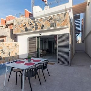 Luxury 3 Bed, 2 Bath Detached Villa, Prime Location, Only 400 Mtrs To The Beach photos Exterior