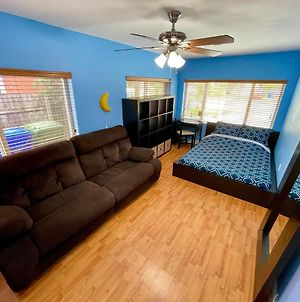 Spacious,Central & Stylish Room With Free Parking & Fast Wi-Fi In The Heart Of Miami Close To Everything photos Exterior