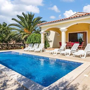 Beautiful Home In Pula With Outdoor Swimming Pool And 3 Bedrooms photos Exterior