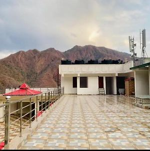 Well Equipped Apartment In Hills Tapovan photos Exterior