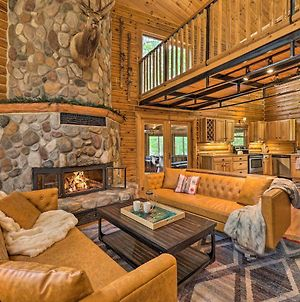 Luxe Riverfront Lodge By Torch Lake With Kayaks photos Exterior