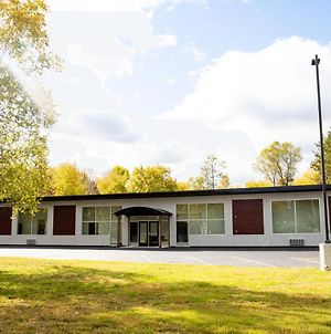 Menominee River Extended Stay photos Exterior
