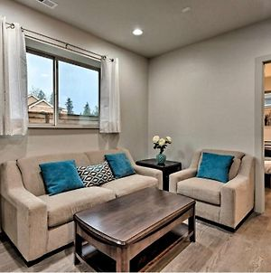 Exceptional Vacation Home In Kirkland Apts photos Exterior