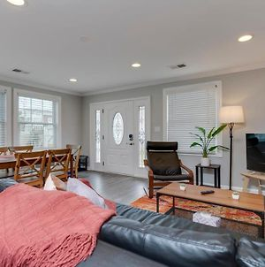 Stylish 3Br 3Ba Colonial House By Cozysuites photos Exterior