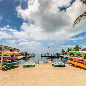 Salty Dog 2Bed/1.5Bath Condo With Shared Pool & Dockage photos Exterior