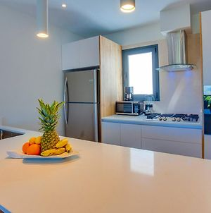 Modern Condo With Private Picuzzi Just Steps From The Beach - A303 photos Exterior